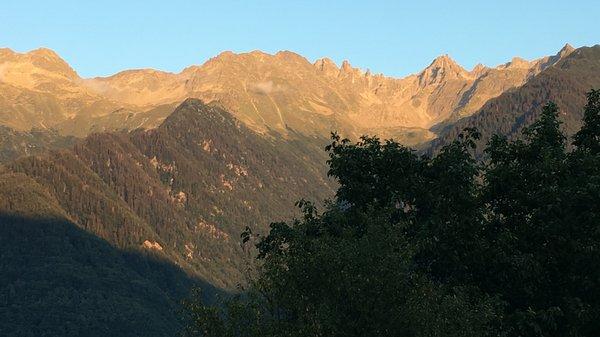 Vue sur les montagnes depuis Saint Georges d'Hurtières