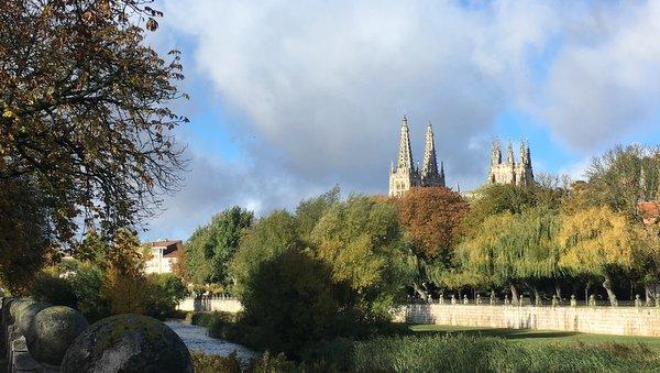 """Arrivée à Burgos par la variante """"Por el Rio"""""""