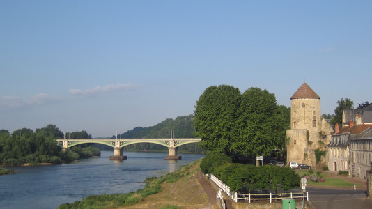 Le pont sur la Loire à Nevers