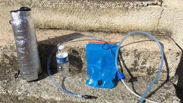 Comment transporter l'eau dans son sac à dos ?