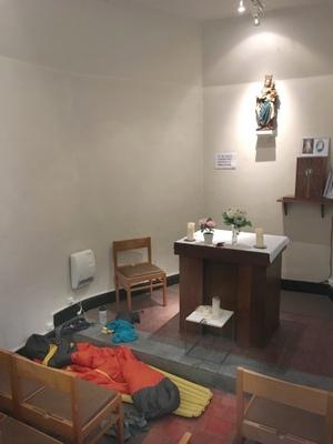 Bivouac dans la chapelle