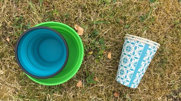Vaisselle de pic-nic en bivouac