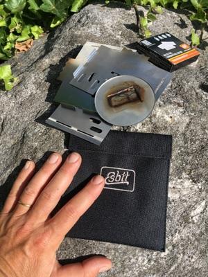 Esbit : réchaud en acier inoxydable démonté