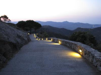 Chemin vers le monastère