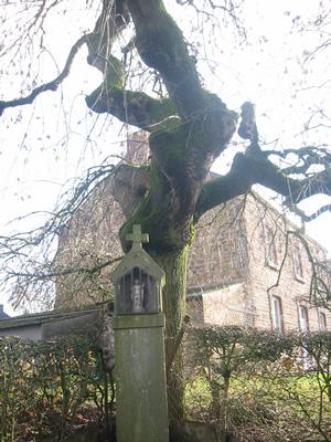 Potale dédiée à Saint Donat, Solières