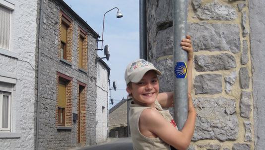 Joie de voir notre première coquille dans les rues de Couvin