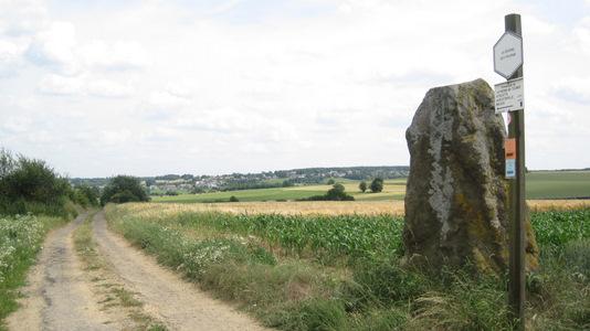 La Pierre qui Tourne, à la limite des Provinces de Namur et du Hainaut