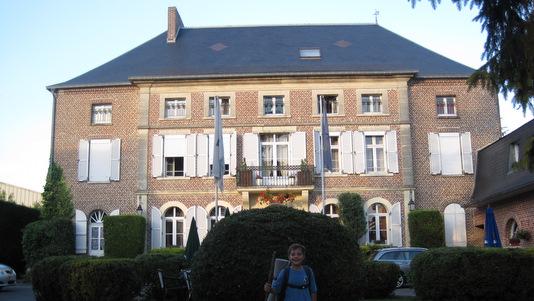 """Notre bel Hôtel """"Clos du Montvinage"""" à Etreaupont"""