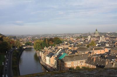 Vue sur Namur en montant sur la Citadelle