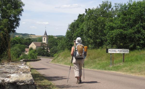 Après Vézelay, par le nord ou par le sud ?